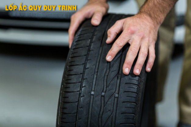 Có nên mua lốp xe ô tô cũ không?