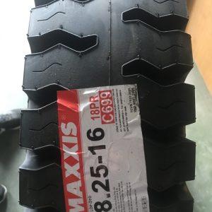 Maxxis 825-16N