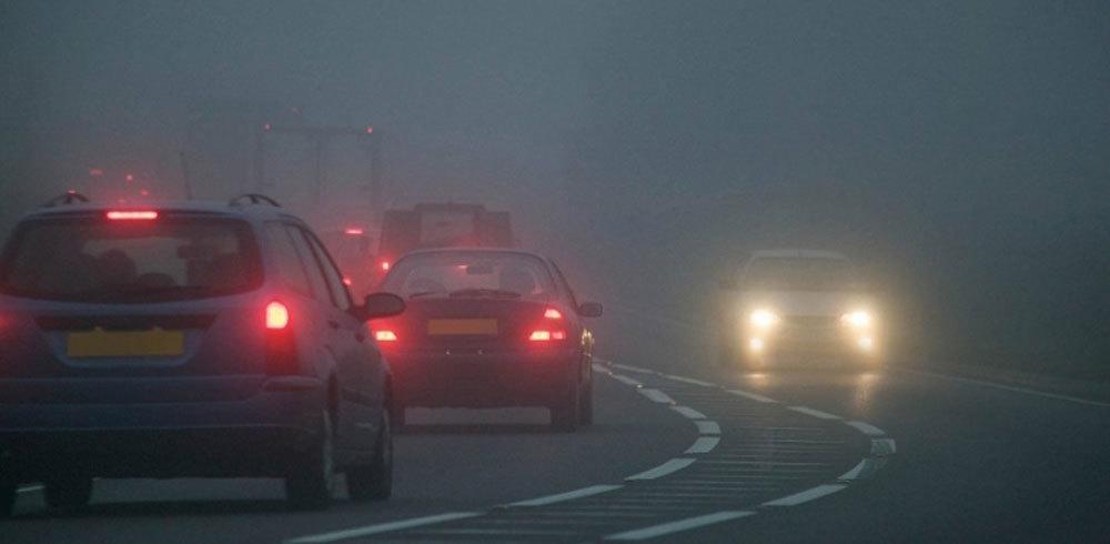 kinh nghiệm lái xe dưới trời sương mù