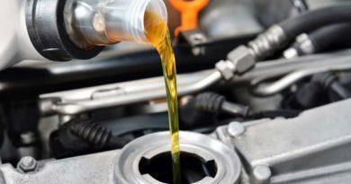 Tip hướng dẫn cách thay dầu nhớt ô tô đơn giản, không nên bỏ lỡ